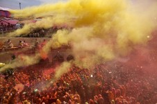 Holi-festival-of-colour-001