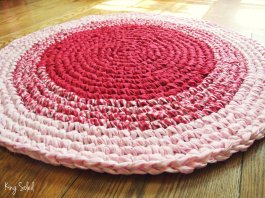 Tappeto rosa, bianco, pezzo unico